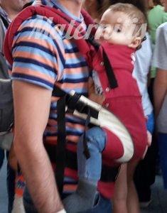 uso de mochilas portabebés con recién nacidos