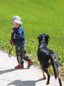 little-boy-and-dog-1509697-1599x2132